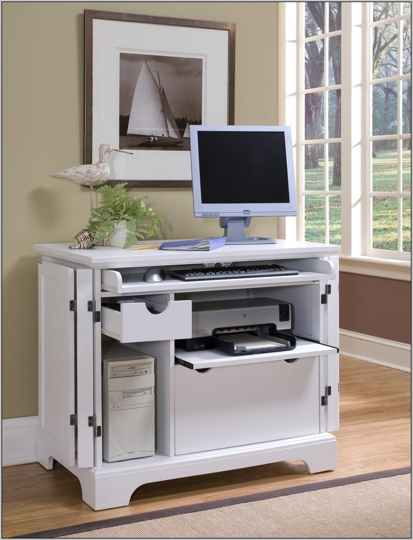 Great Computer Desk With Shelves